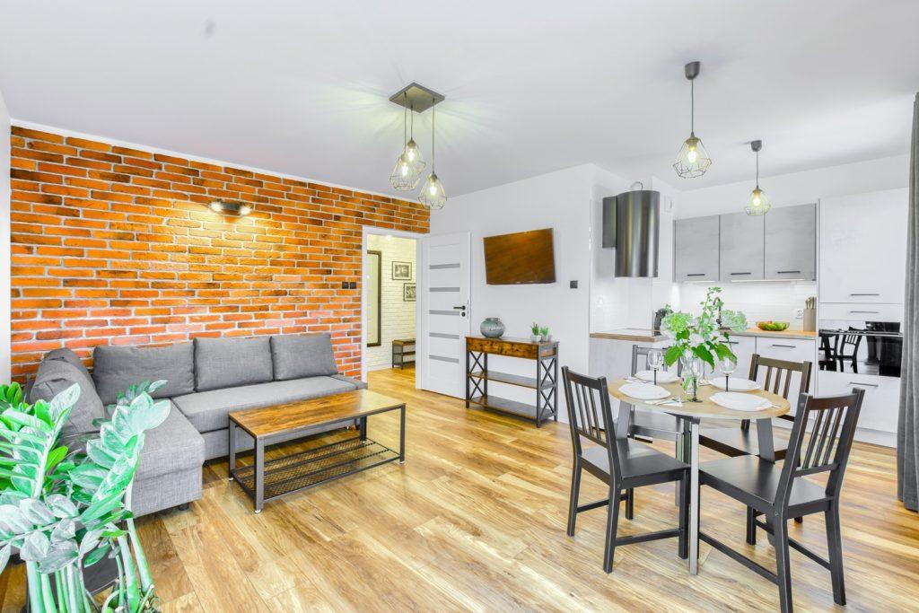 Idealnie piękny apartament w stylu loftowym. Właściciele serdecznie zapraszają do wynajmuj krótko terminowego. Sprawdźcie te wnętrza !